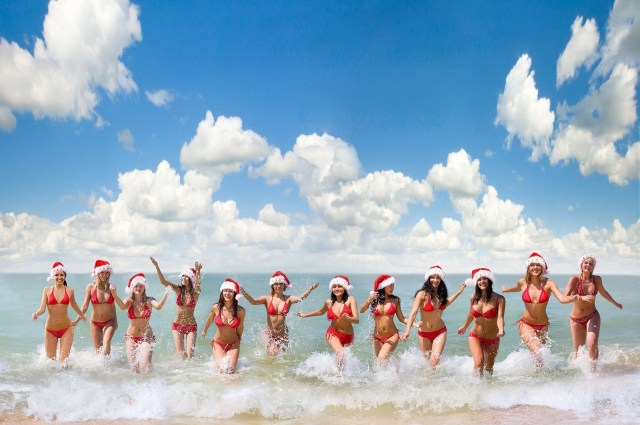 Christmas Beach Babes (image via some random thieving wallpaper site)