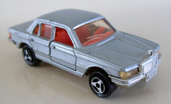 Majorette Mercedes