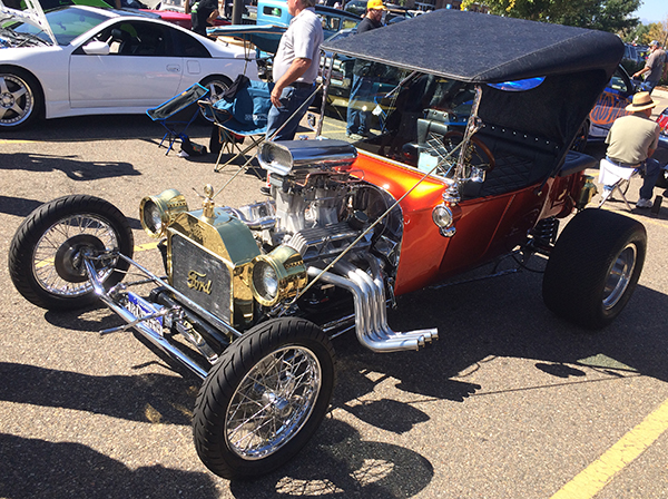 Hot Wheels Legends Tour Bucket T