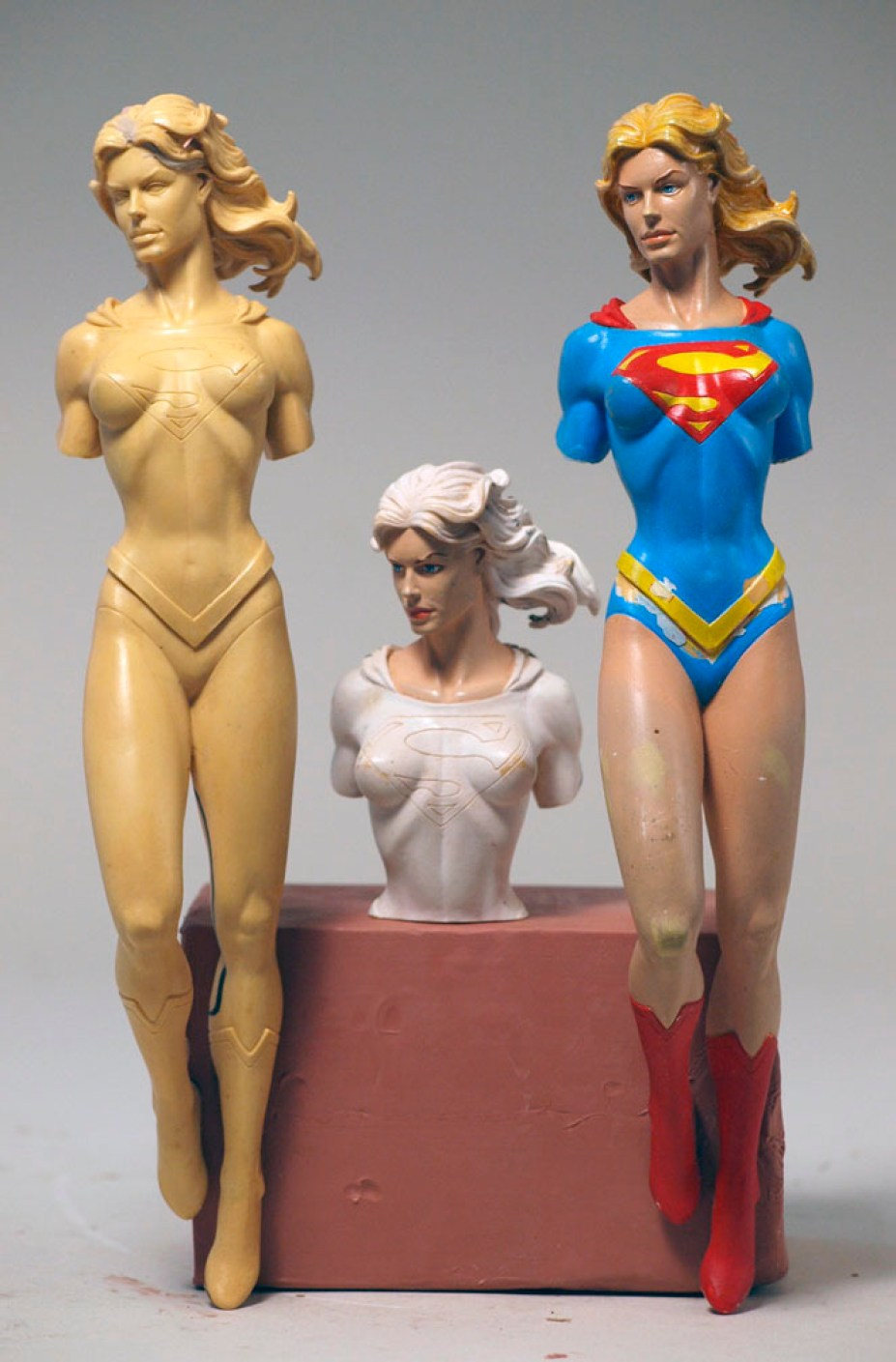 Gary Frank Supergirl (Paint Masters and Tool Part)