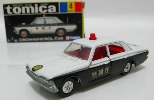 tomica police car