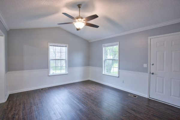 room with popcorn ceiling