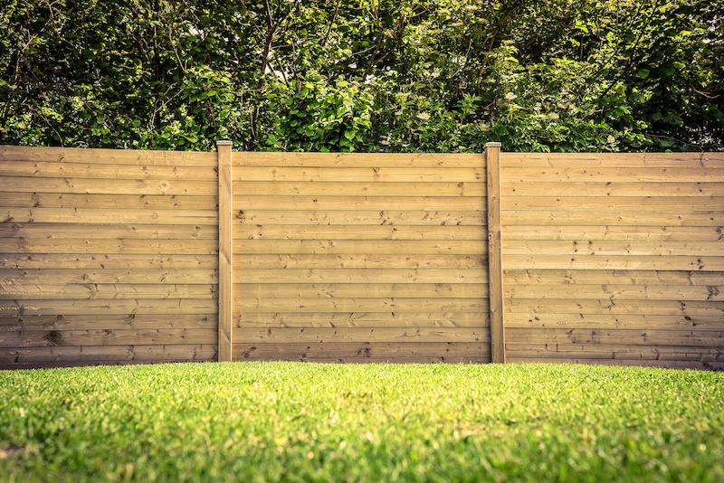 How Much Do Different Fence Materials Cost?