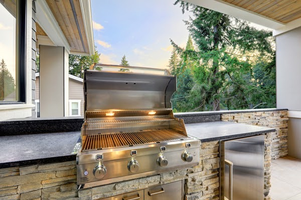 outdoor grill and counter
