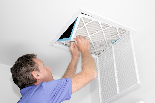 pro cleaning air ducts in home