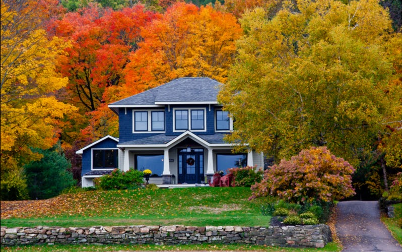 6 Fall Landscaping Tips to Prepare Your Yard for Spring