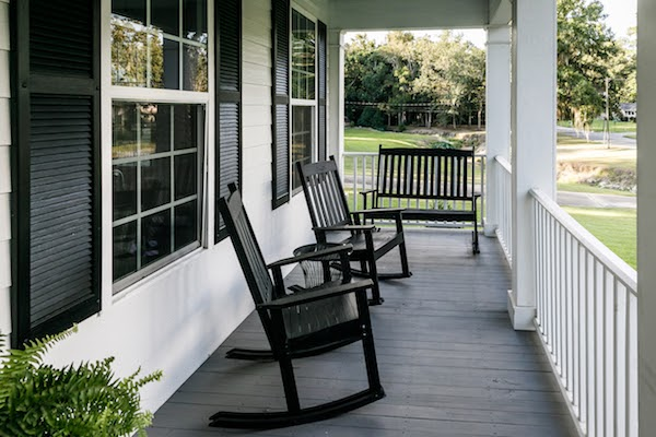 porch with seating