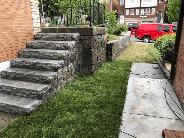 front lawn retaining wall