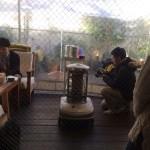 新しいチームワーク | 安藤美冬さん×ルートートのコラボバック撮影会で、カバンの中身について考えたこと