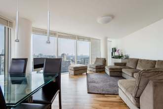 3 Bedroom Flat in The Pinnacle, London's Limehouse Basin, E14