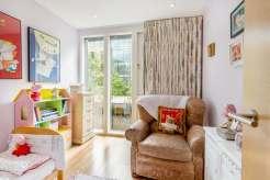 One of Bloomsbury's hidden gems, Three bedroom duplex apartment, WC1