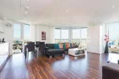 Spectacular 180 Degree Views from 2 Bedroom Corner Apartment, Alie Street, E1
