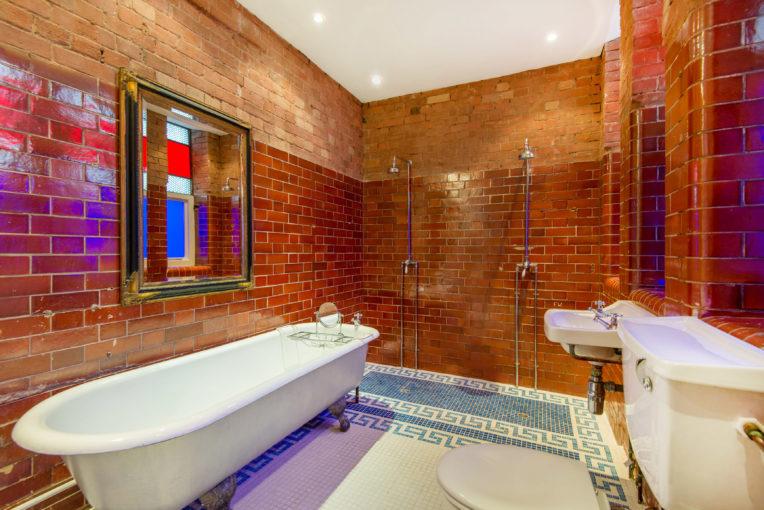 Loft Lovers Dream! Two Bedroom Clerkenwell Loft, Banner Street, EC1