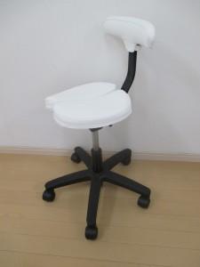 針治療の椅子