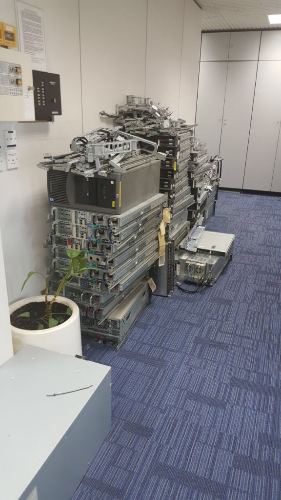 nutanix replaces a pile of hardware