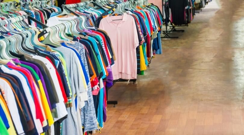 Choisissez un vêtement sans marque apparente