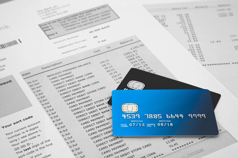 Utang dan Tagihan Kartu Kredit Menumpuk