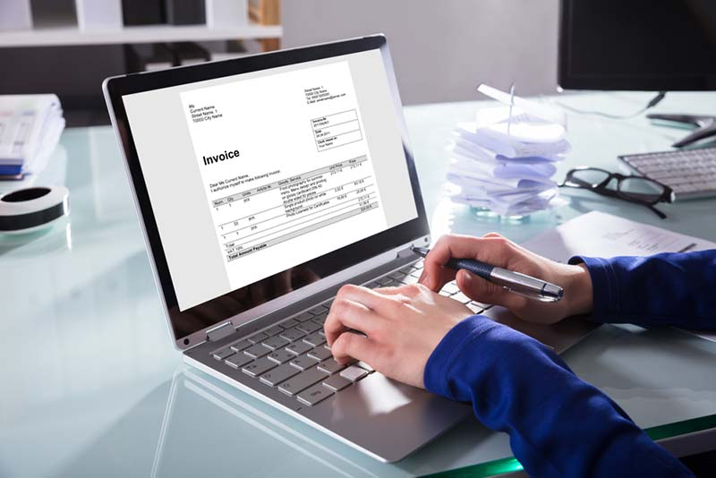 Tagihan Kartu Kredit Lewat E-mail