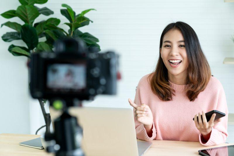YouTuber dan Vlogger