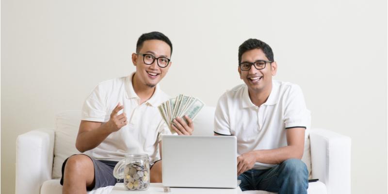 3 Kekurangan Jika Meminjam Uang ke Teman atau Kerabat