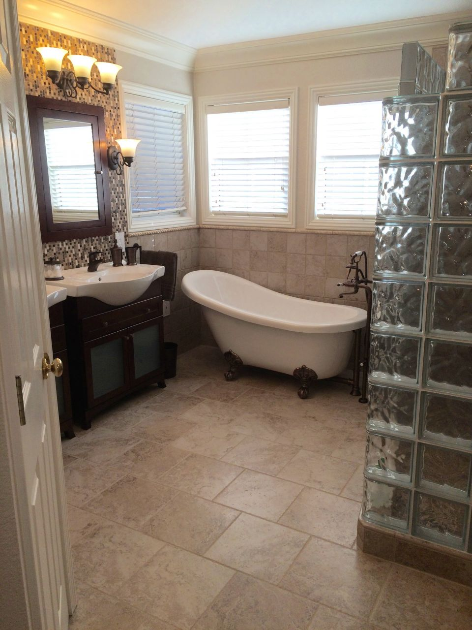 5 Out of the Box Remodeling Tips for a Master Bathroom in ... on Master Bathroom Remodel Ideas  id=17927