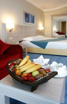 Complimentary fruit in a hotel room is a nice way to delight guests.