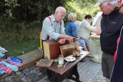 Honigstand mit Dr. Michael Kallius