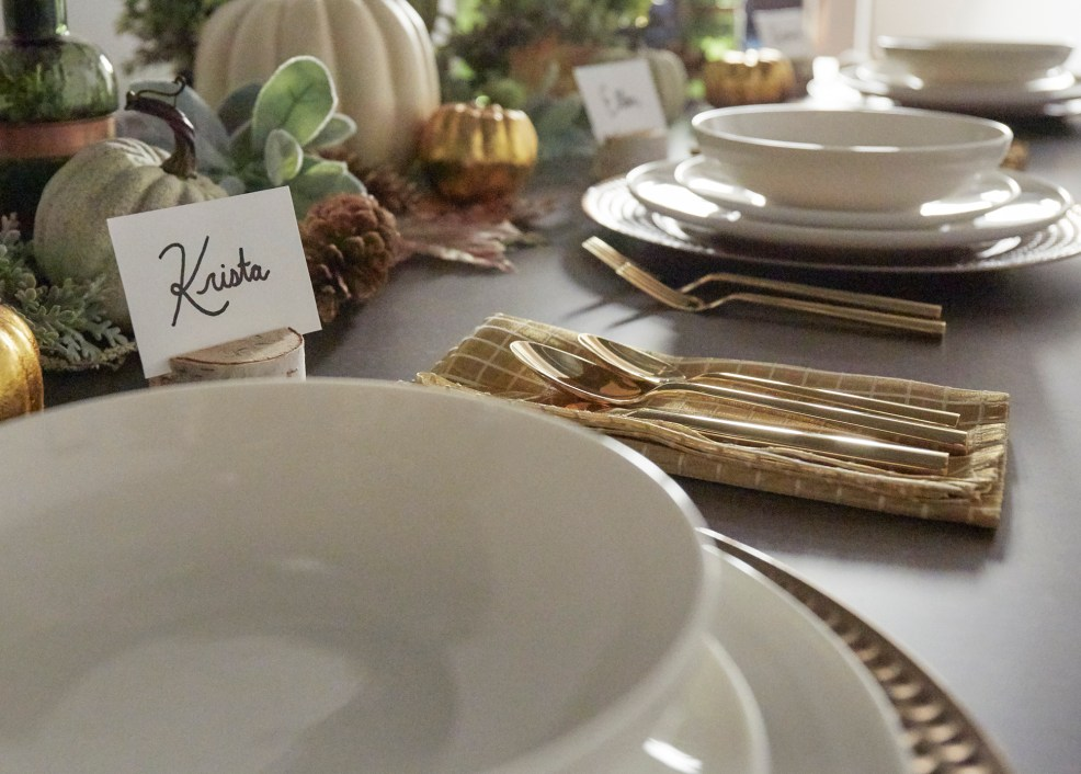 Thanksgiving natural tablescape closeup