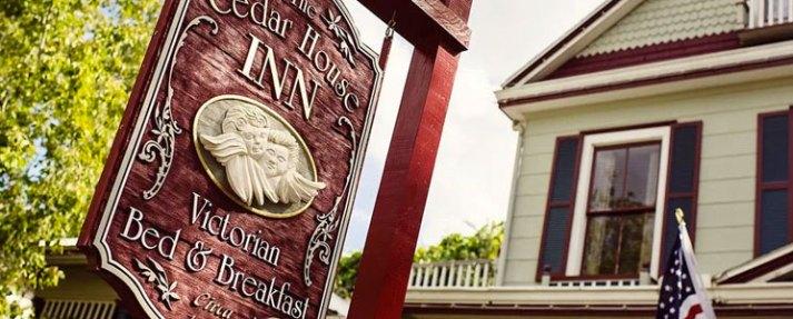 Cedar-House-Inn.jpg