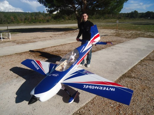 Extra 300 Extrem Flight - DLE 111 - Reso ZGR - Pilote Mika 3D