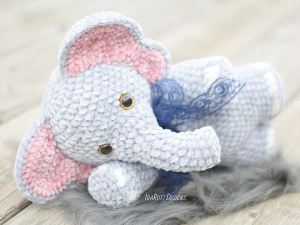 Jeffery Chubby Little Elephant Crochet Amigurumi