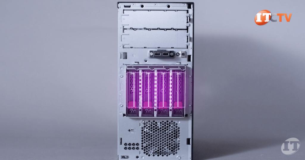 ProLiant ML30 front storage