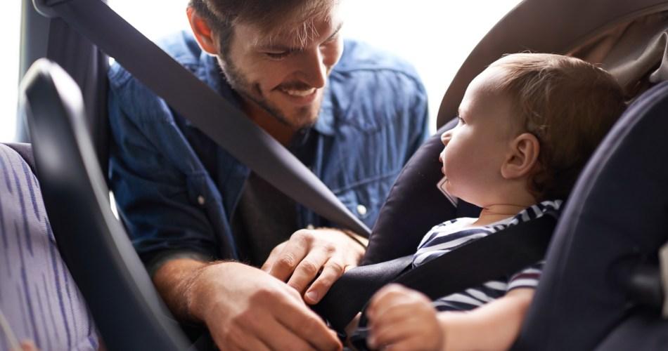 Cómo viajar con chicos en el auto