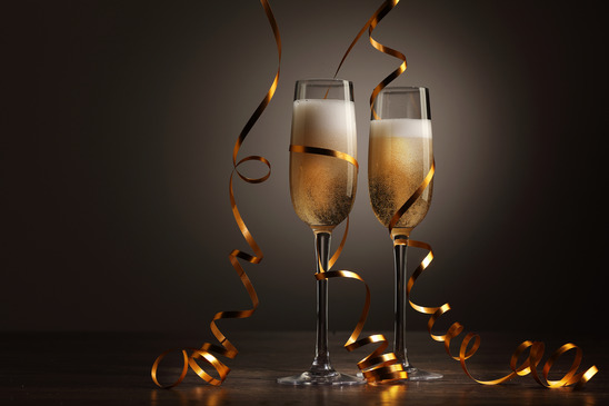 The gallery for --> Clinking Champagne Glasses Clip Art