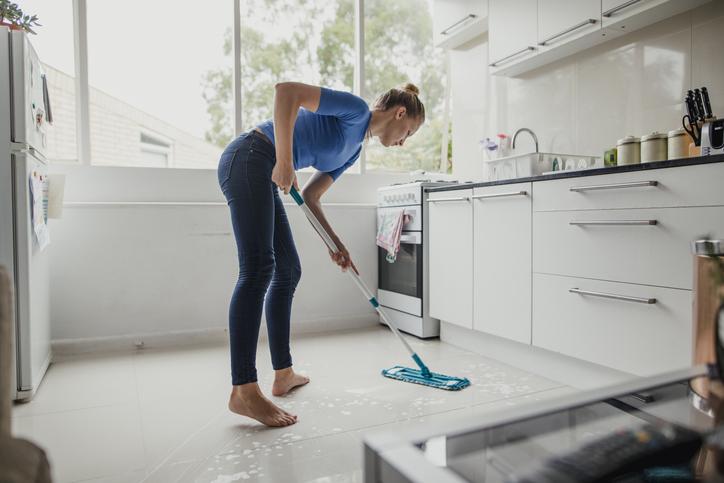 comment nettoyer un carrelage en gres cerame izi by edf