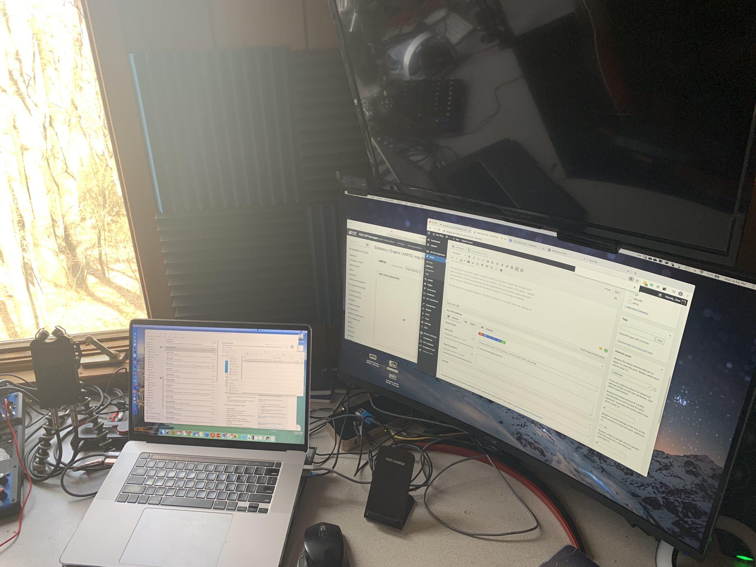 Dual monitors.sure. five monitors..can you keep track