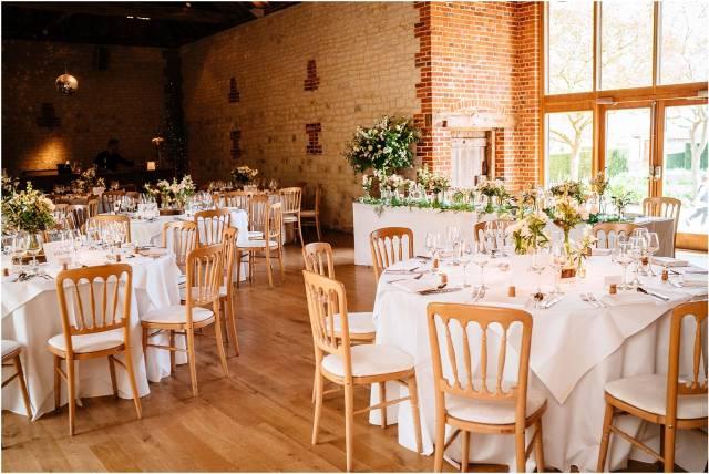 Bury-Court-Barn-wedding-photography_0151