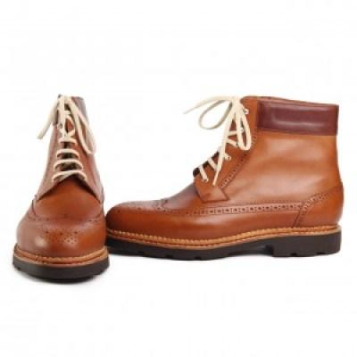 Un montage norvégien et un cuir gras pour une chaussure que vous pourrez garder 20 ans ou plus