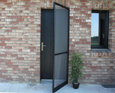 des moustiquaires presque invisibles le blog jardinchic. Black Bedroom Furniture Sets. Home Design Ideas