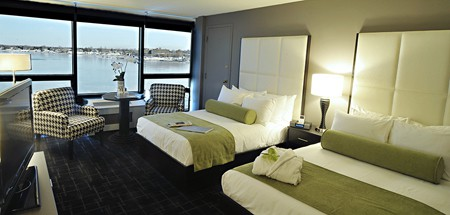 Everything is first class at the Oyster Point, from the view down to the linens.