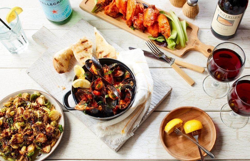 Blue Swan Diner and Charley's Ocean Grill (Divina Hospitality Group) Reconnects With New App