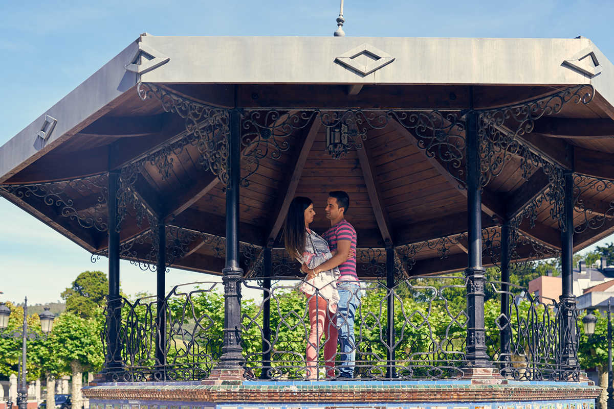 Preboda por Laredo y Colindres , sesión de fotos de preboda y enamorados en Colindres, Laredo y su Puebla Vieja, Jose Ferreiro, Fotógrafo de bodas Cantabria