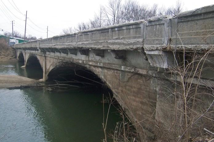 1925 & 1933 concrete-arch bridge, Indianapolis, Indiana