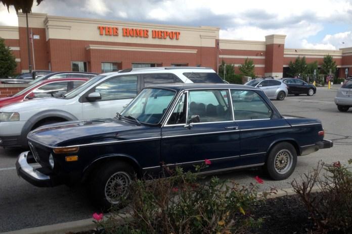 1968-75 BMW 2002 b