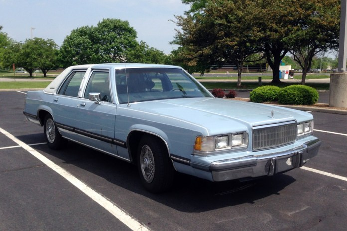1988-89 Mercury Grand Marquis b