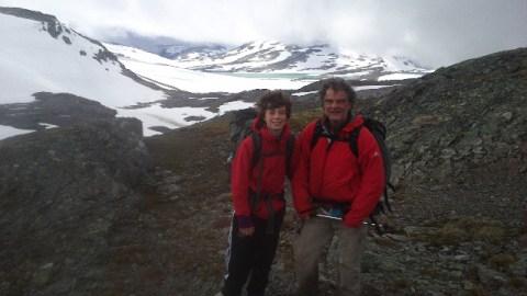 trektocht met de tent door de subarctische Hardangervidda