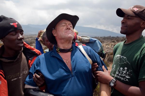 ray-edwards-quad-amputee-climbs-kilimanjaro