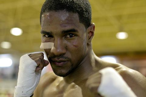 boxer 10 sec portrait