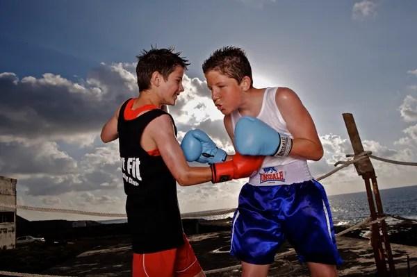 boxing-boys-contest