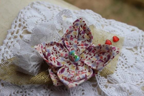 Fleur origami tissu DIY en vidéo
